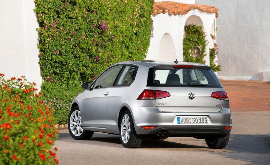 2015 Volkswagen Golf TSI BlueMotion 3-door - Slide 13