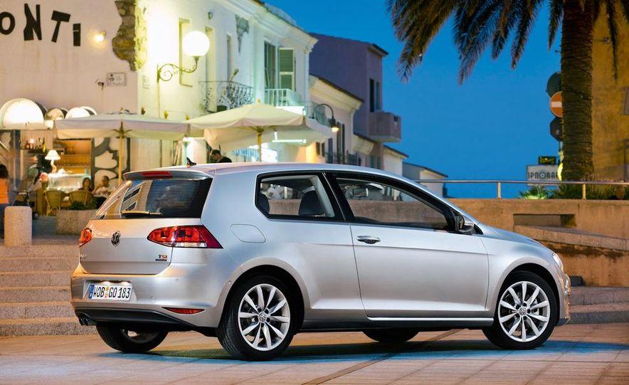 2015 Volkswagen Golf TSI BlueMotion 3-door - Slide 17