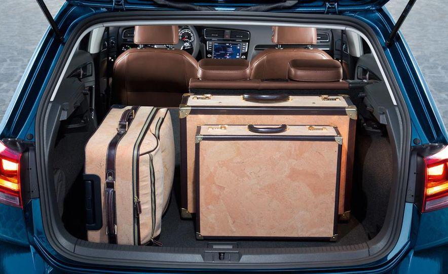 2015 Volkswagen Golf TSI BlueMotion 3-door - Slide 46