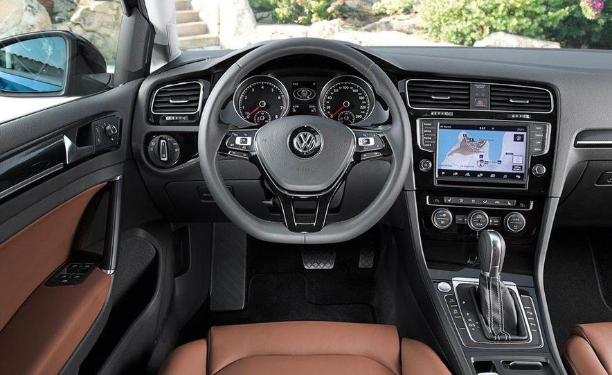 2015 Volkswagen Golf TSI BlueMotion 3-door - Slide 56