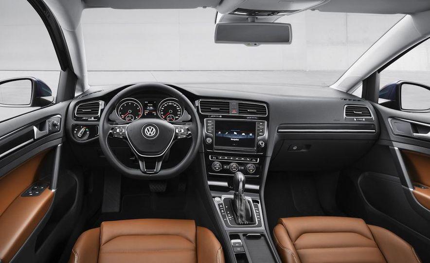 2015 Volkswagen Golf TSI BlueMotion 3-door - Slide 60