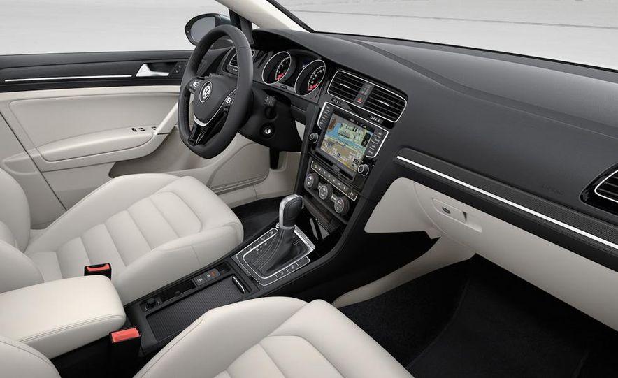 2015 Volkswagen Golf TSI BlueMotion 3-door - Slide 67