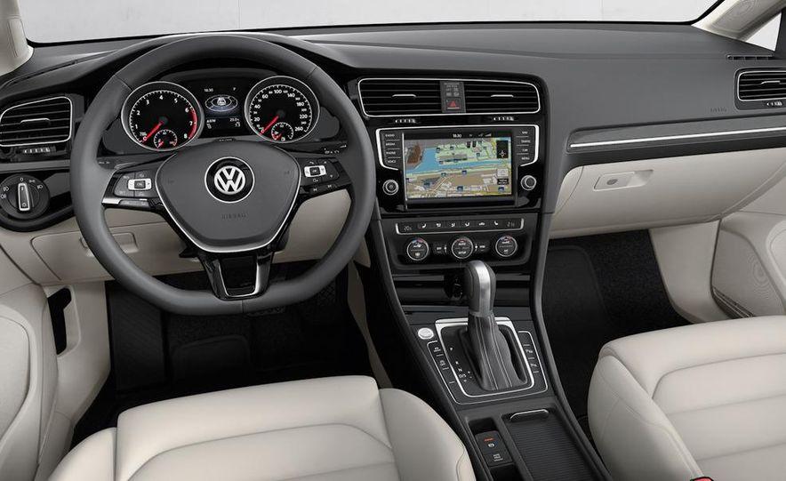 2015 Volkswagen Golf TSI BlueMotion 3-door - Slide 69