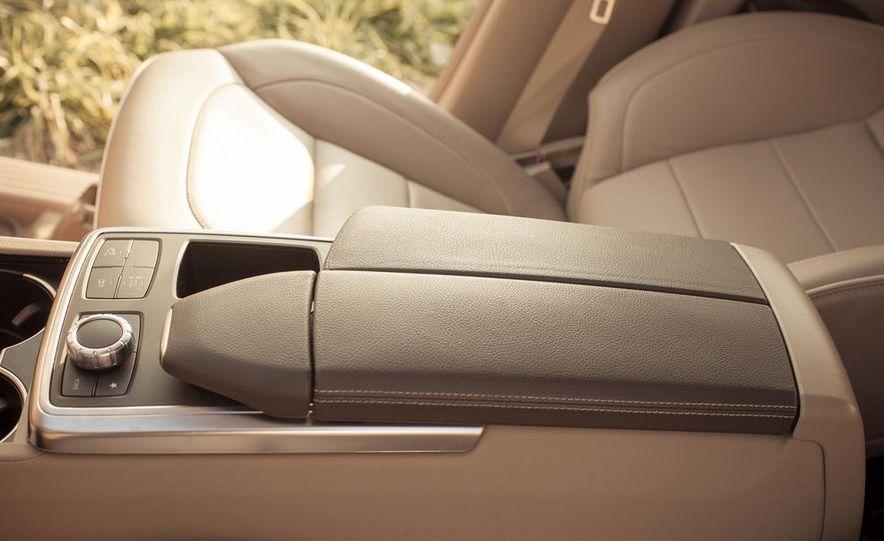 2012 Mercedes-Benz ML550 4MATIC Blue Efficiency - Slide 40
