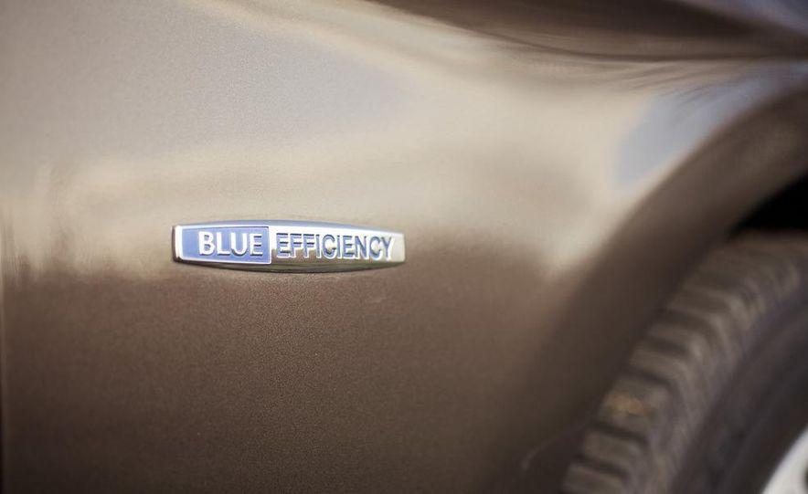 2012 Mercedes-Benz ML550 4MATIC Blue Efficiency - Slide 18