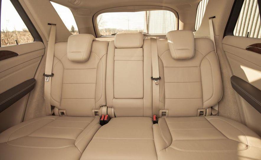 2012 Mercedes-Benz ML550 4MATIC Blue Efficiency - Slide 25