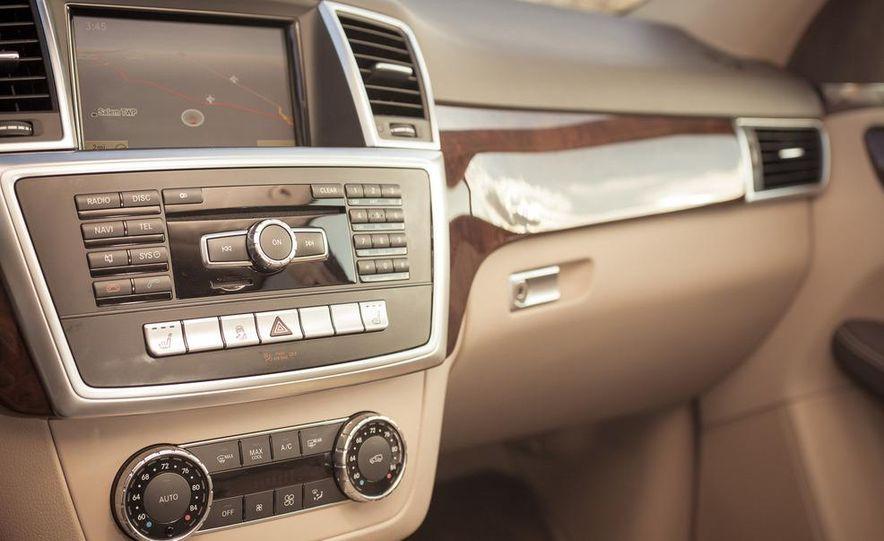 2012 Mercedes-Benz ML550 4MATIC Blue Efficiency - Slide 34