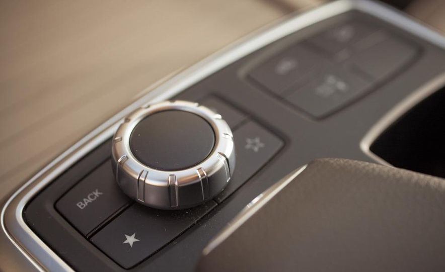 2012 Mercedes-Benz ML550 4MATIC Blue Efficiency - Slide 41