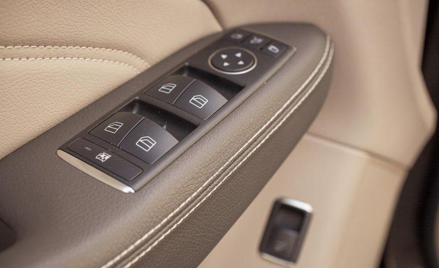 2012 Mercedes-Benz ML550 4MATIC Blue Efficiency - Slide 30