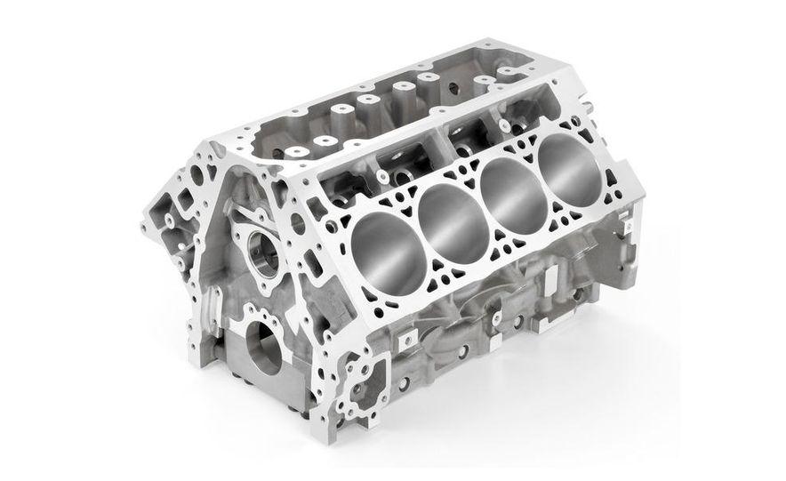 2014 Chevrolet Corvette LT1 6.2-liter V8 VVT DI engine - Slide 10