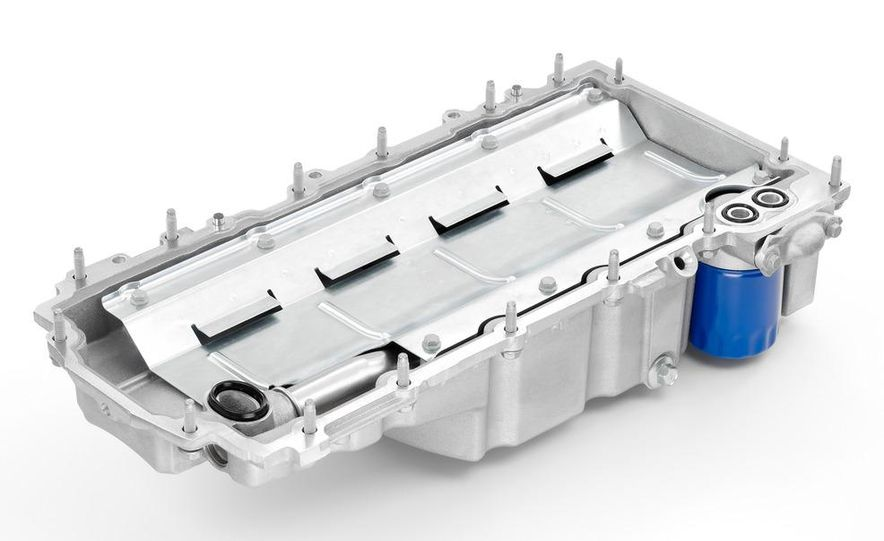 2014 Chevrolet Corvette LT1 6.2-liter V8 VVT DI engine - Slide 21