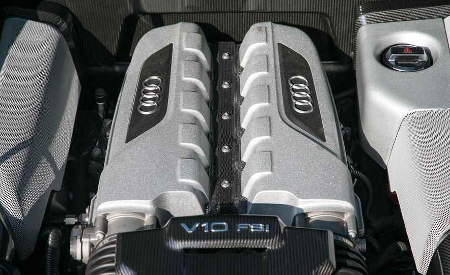 2014 Audi R8 V10, Plus, and Spyder - Slide 25