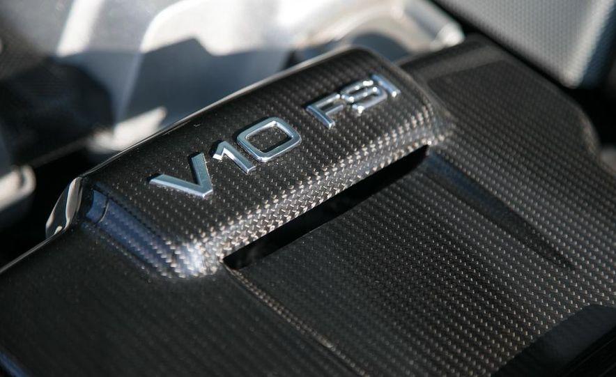 2014 Audi R8 V10, Plus, and Spyder - Slide 24