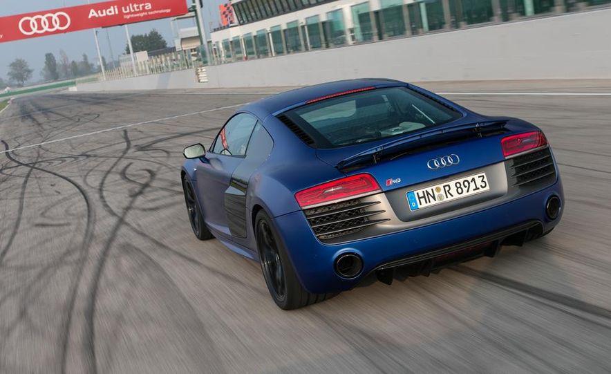2014 Audi R8 V10, Plus, and Spyder - Slide 5