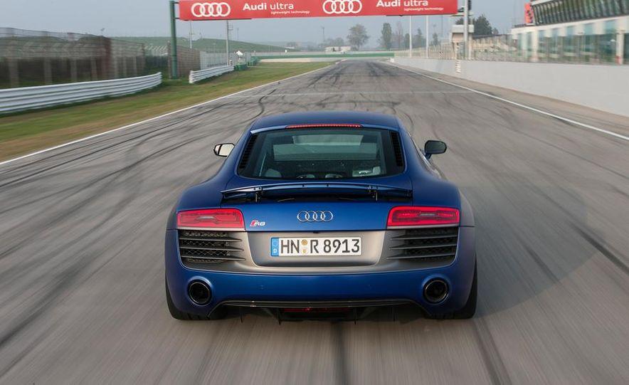2014 Audi R8 V10, Plus, and Spyder - Slide 9