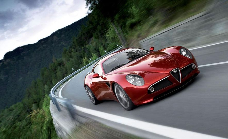 2014 Alfa Romeo 4C (spy photo) - Slide 23
