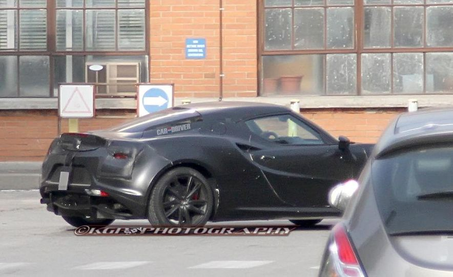 2014 Alfa Romeo 4C (spy photo) - Slide 4