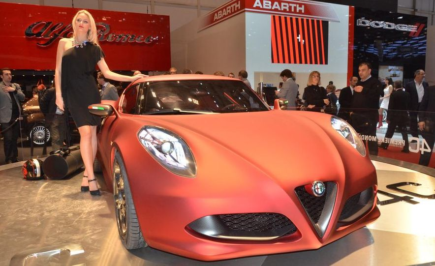 2014 Alfa Romeo 4C (spy photo) - Slide 6