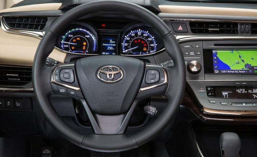 2013 Toyota Avalon Limited - Slide 106
