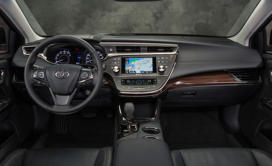 2013 Toyota Avalon Limited - Slide 16
