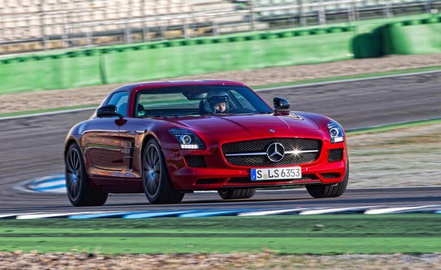 2013 Mercedes-Benz SLS AMG GT coupe - Slide 1