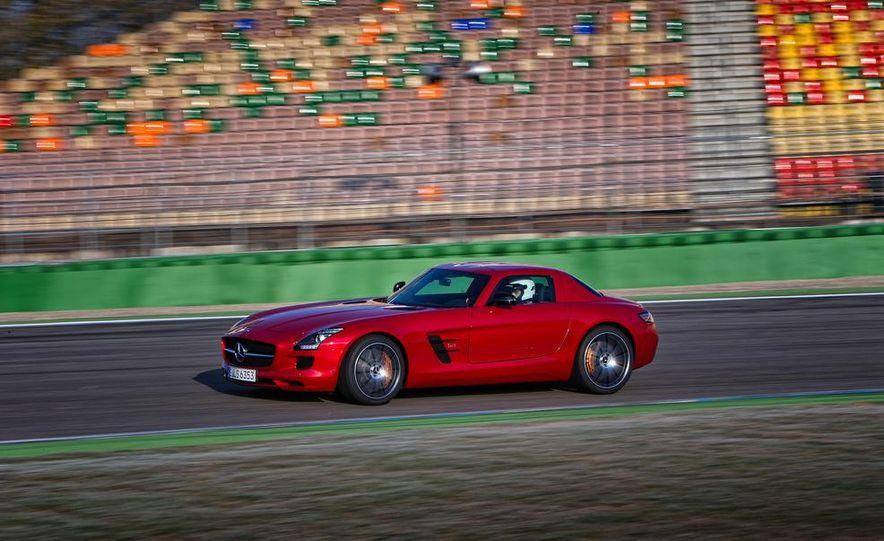 2013 Mercedes-Benz SLS AMG GT coupe - Slide 11