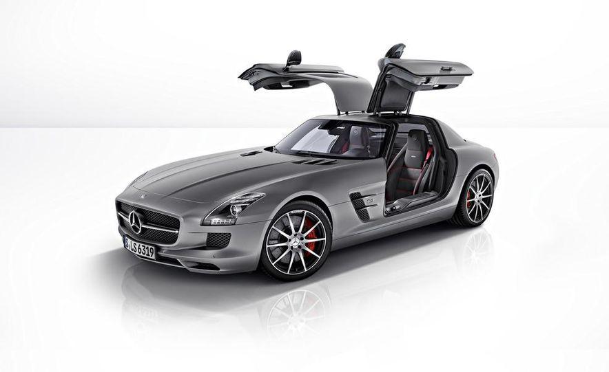 2013 Mercedes-Benz SLS AMG GT coupe - Slide 37