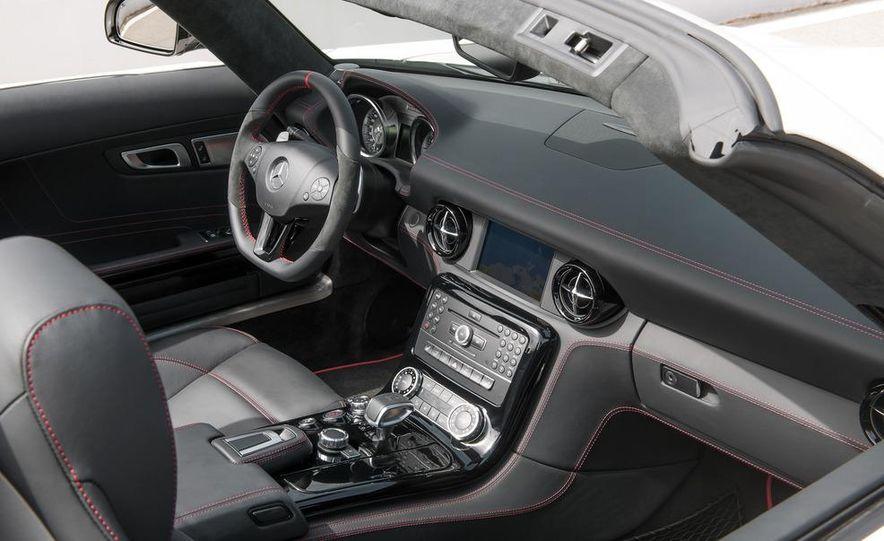 2013 Mercedes-Benz SLS AMG GT coupe - Slide 34