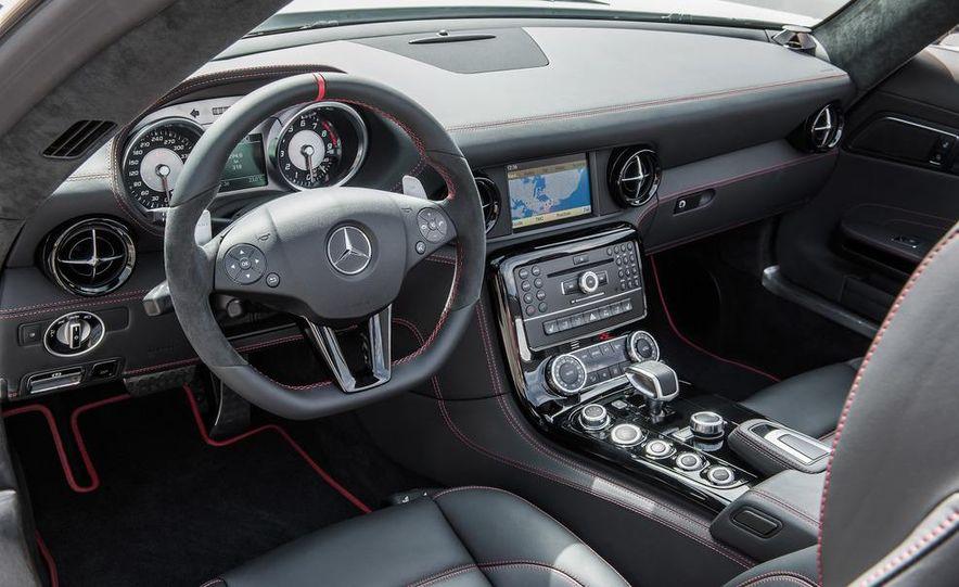2013 Mercedes-Benz SLS AMG GT coupe - Slide 35