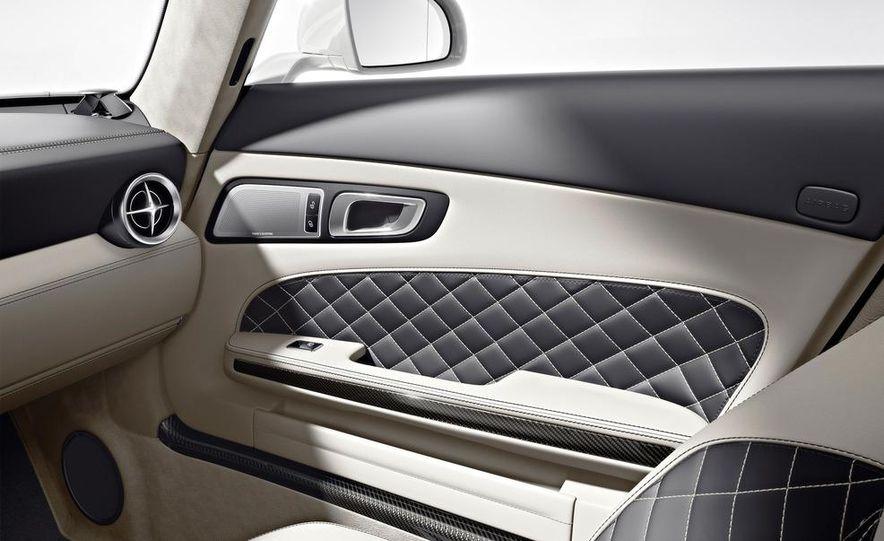 2013 Mercedes-Benz SLS AMG GT coupe - Slide 42
