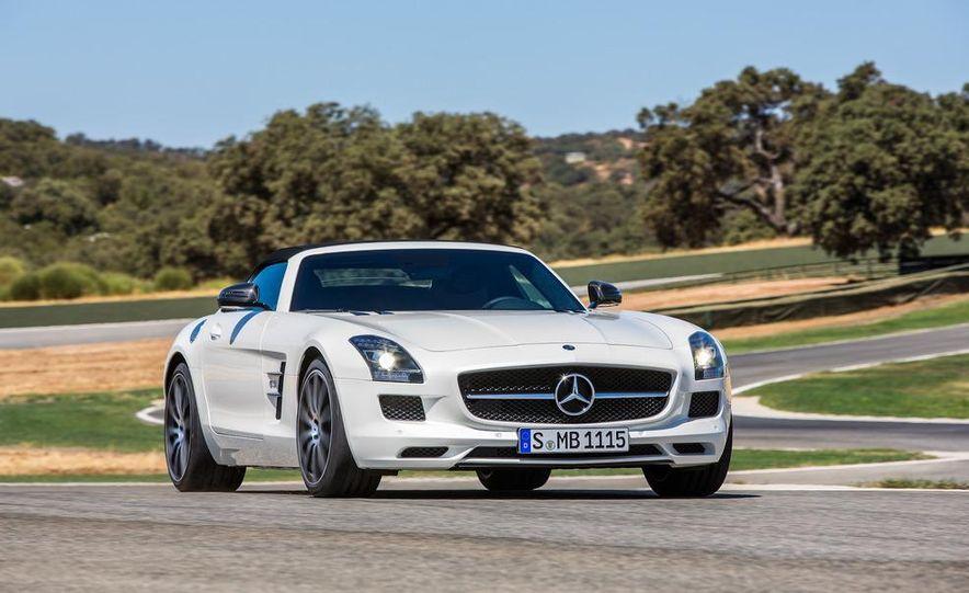 2013 Mercedes-Benz SLS AMG GT coupe - Slide 21