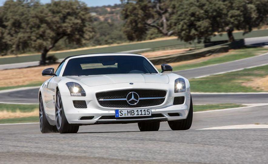 2013 Mercedes-Benz SLS AMG GT coupe - Slide 22