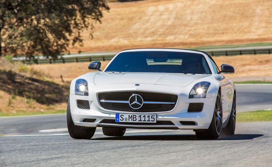 2013 Mercedes-Benz SLS AMG GT coupe - Slide 23