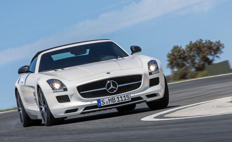 2013 Mercedes-Benz SLS AMG GT coupe - Slide 24