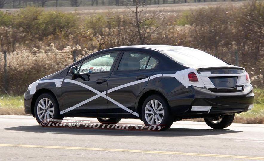 2013 Honda Civic (spy photo) - Slide 6