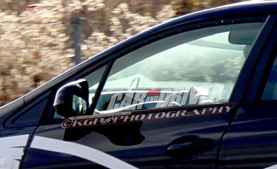 2013 Honda Civic (spy photo) - Slide 10