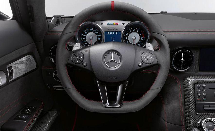2014 Mercedes-Benz SLS AMG Black Series coupe - Slide 29