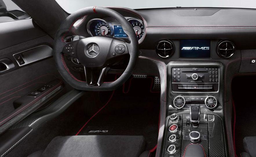 2014 Mercedes-Benz SLS AMG Black Series coupe - Slide 27