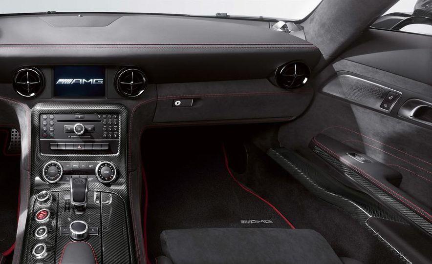 2014 Mercedes-Benz SLS AMG Black Series coupe - Slide 28