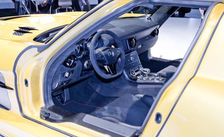 2014 Mercedes-Benz SLS AMG Black Series coupe - Slide 16