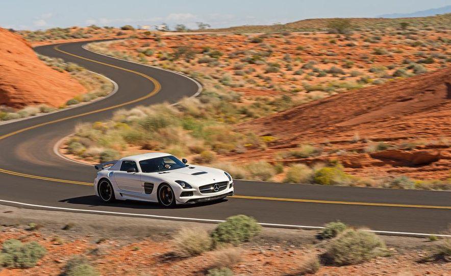 2014 Mercedes-Benz SLS AMG Black Series coupe - Slide 40