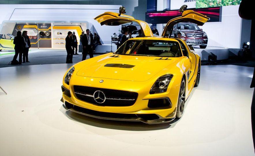 2014 Mercedes-Benz SLS AMG Black Series coupe - Slide 1