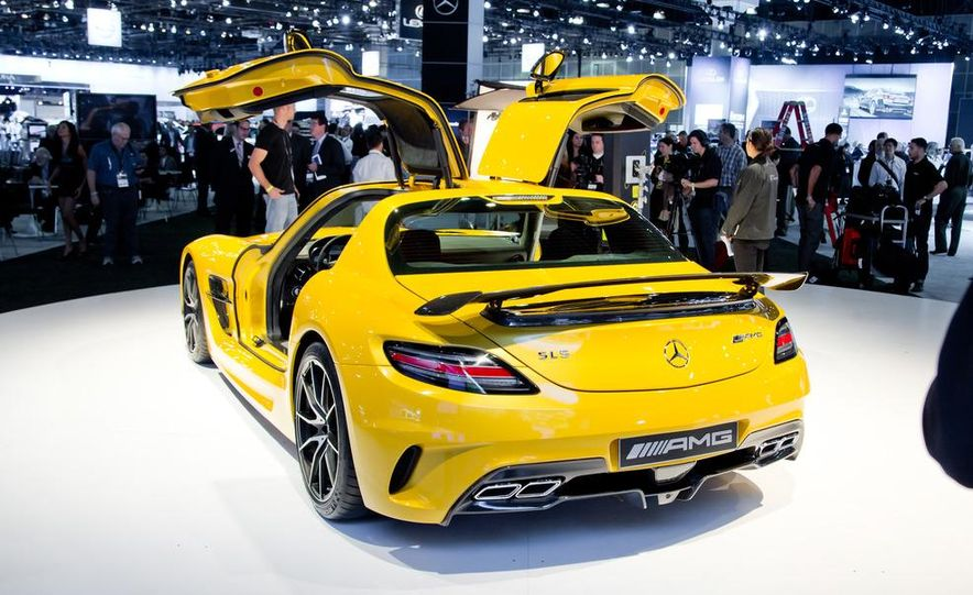 2014 Mercedes-Benz SLS AMG Black Series coupe - Slide 7
