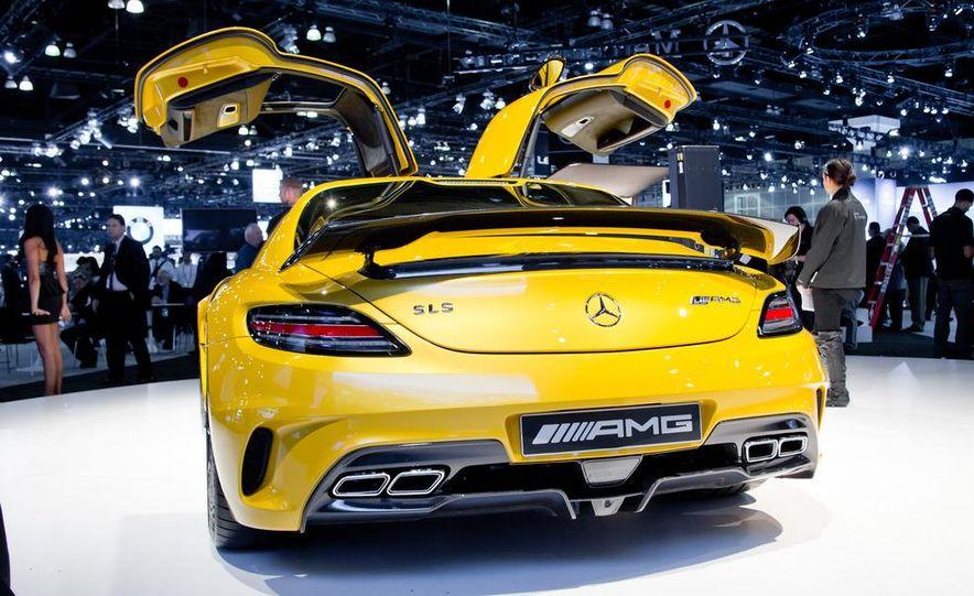 2014 Mercedes-Benz SLS AMG Black Series coupe - Slide 8