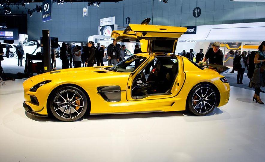 2014 Mercedes-Benz SLS AMG Black Series coupe - Slide 9