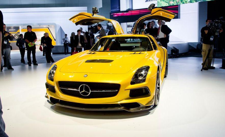 2014 Mercedes-Benz SLS AMG Black Series coupe - Slide 11