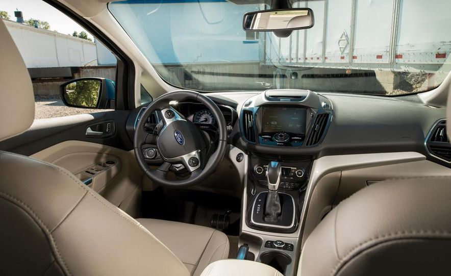 2013 Ford C-Max hybrid - Slide 9
