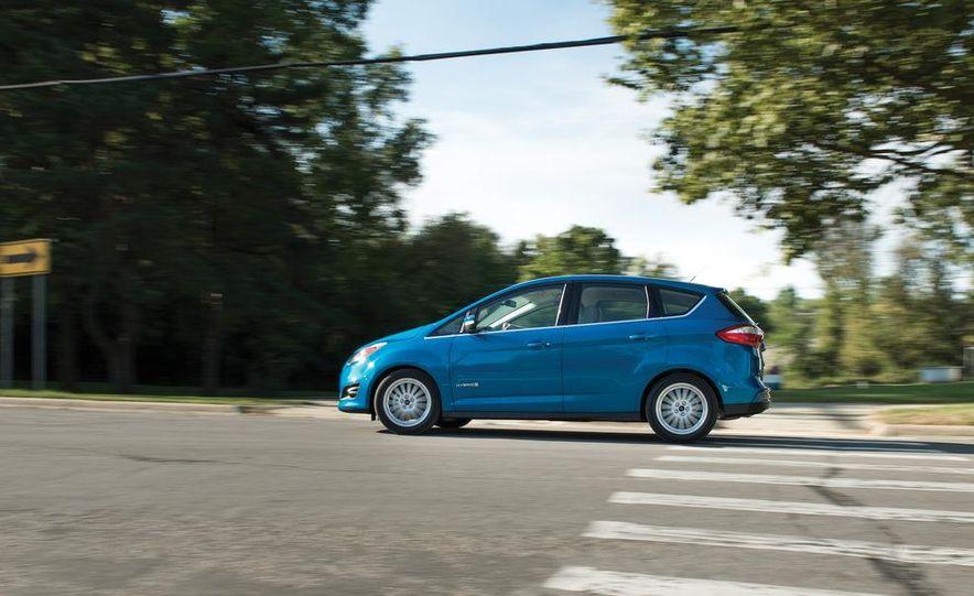 2013 Ford C-Max hybrid - Slide 2