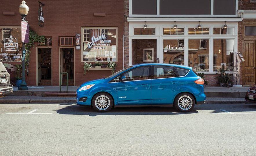 2013 Ford C-Max hybrid - Slide 7