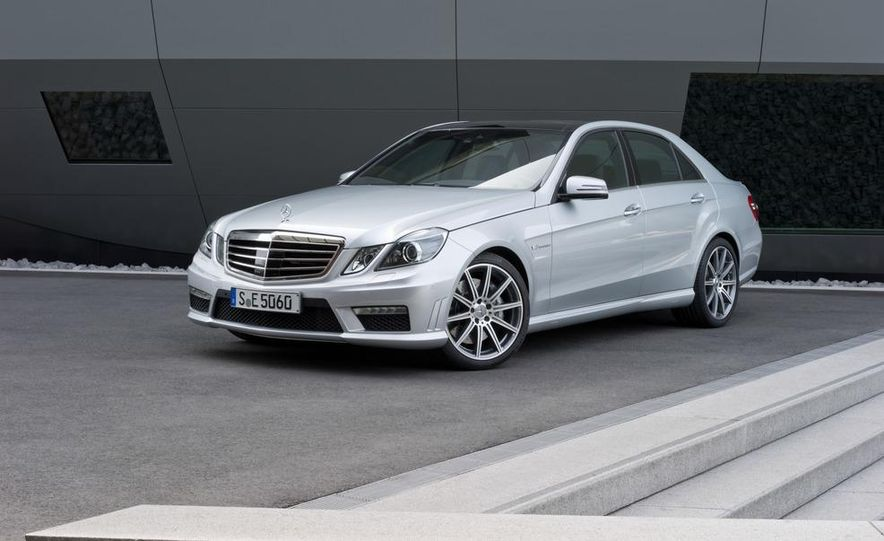 2015 Mercedes-Benz C-class (artist's rendering) - Slide 17